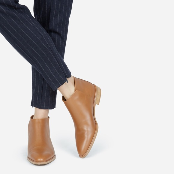 Everlane Shoes - Everlane Italian Leather Ankle Boot Butterscotch